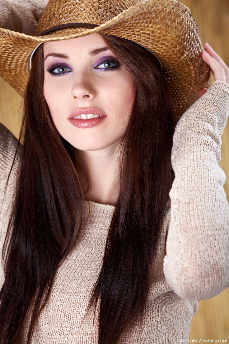 Leanne Saffron