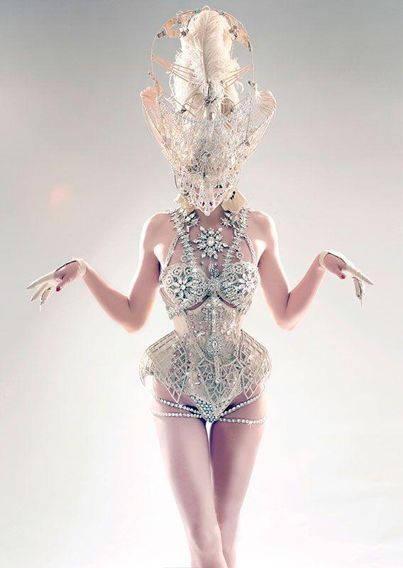 Borg meets Vegas showgirl... Manuel Albarran