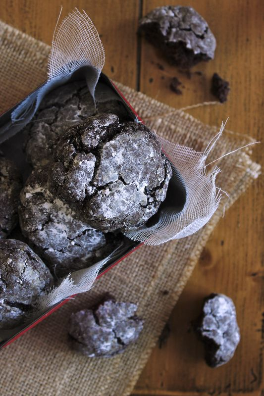 giroVegando in cucina - chocolate crinkle cookies