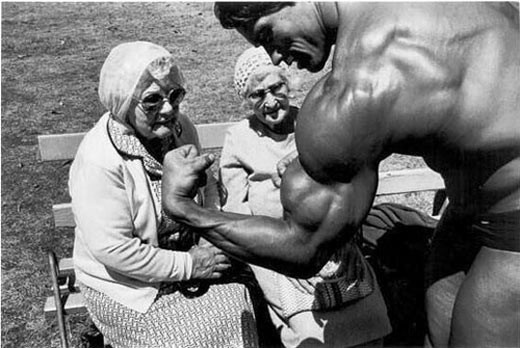 Arnold Schwartzenegger flexing for senior women: Golden Rules, Old Lady, Gym Bags, Muscle, Beaches Body, Arnold Schwarzenegger, Vintage Photo, Body Shapes, Bodybuilding Motivation