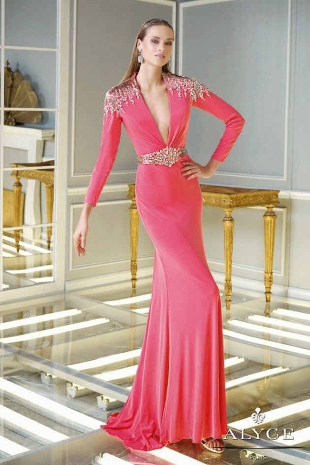 Bonitos vestidos con mangas largas | Vestidos largos para fiesta