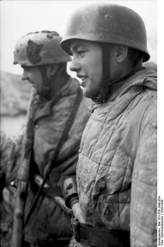 German paratroopers at Monte Cassino, Italy, 1943-1944