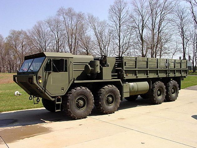 oshkosh military trucks oshkosh truck mobility tactical cargo truck united states us army. Black Bedroom Furniture Sets. Home Design Ideas