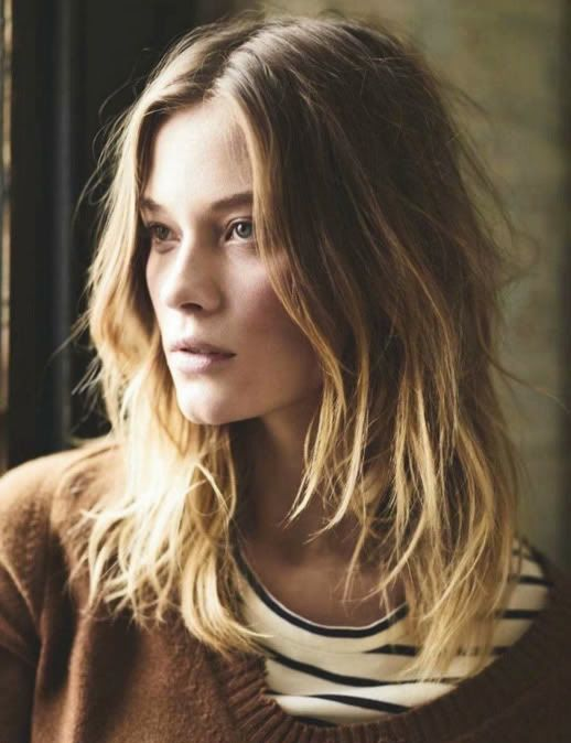 Camille Rowe // textured hair, striped tee & brown sweater #style #fashion #fallstyle #stripes