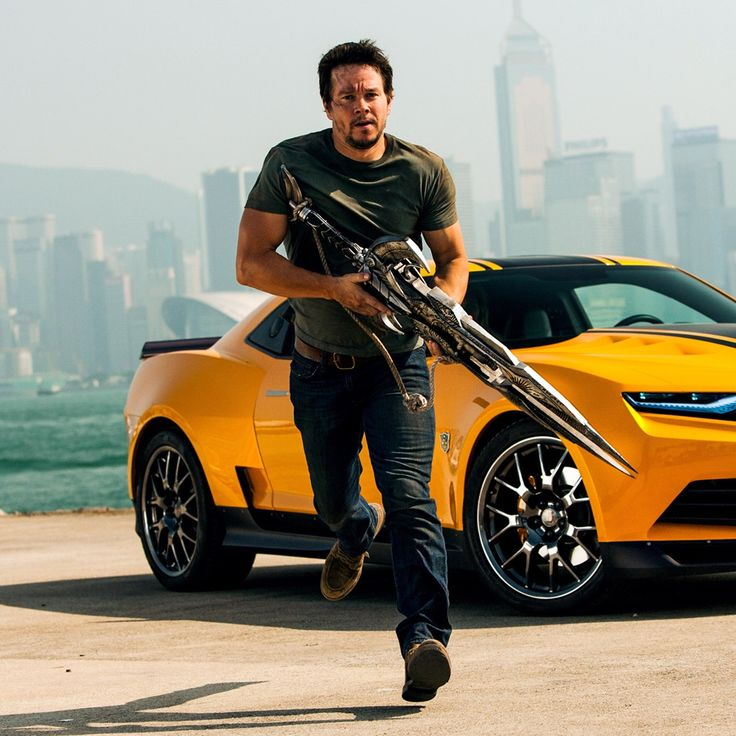 Mark wahlberg in transformers 4 transformers age of