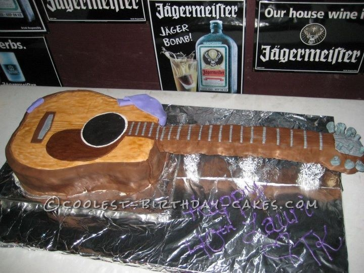Guitar Birthday Cake for a Toby Keith Lover... This website is the Pinterest of homemade birthday cakes