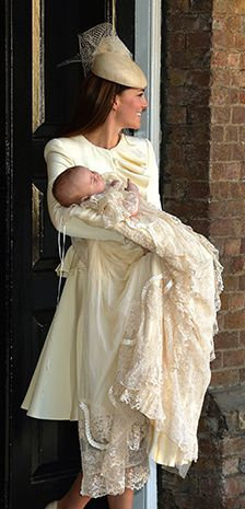 Prince George is christened in London. 10/23/2013 ✿•♥•.¸¸.•♥•Sweet•♥•.¸¸.•♥•✿