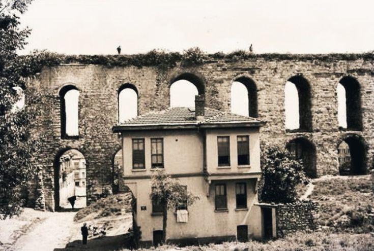 Unkapanı'ndaki Bozdoğan Kemeri 1940'lı yıllar..