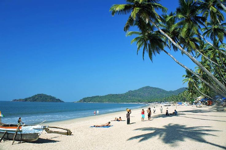 Where to go on holiday in January | http://www.weather2travel.com/holidays/where-to-go-on-holiday-in-january-for-the-best-hot-and-sunny-weather.php | Palolem Beach, Goa, India © Mikhail Nekrasovk - Shutterstock.com