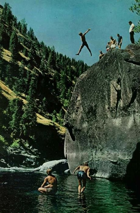 ♂ Eco Gentleman loves nature mountain rock jump National Geographic, 1970