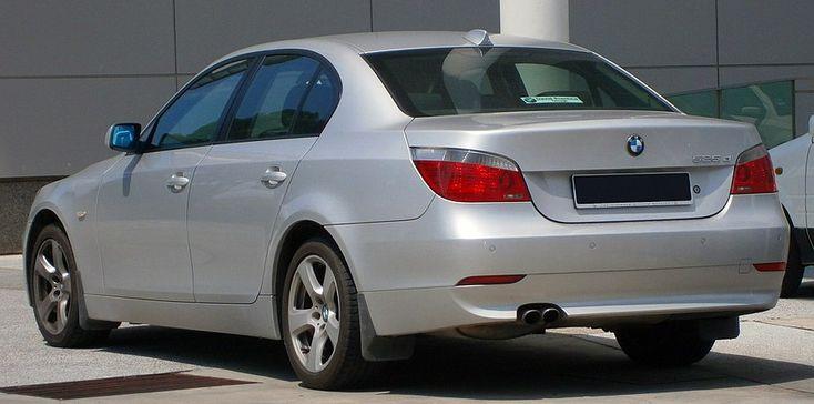 BMW 5 Series (E60) - Wikipedia