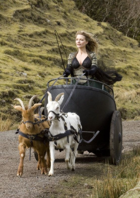 michelle pfeiffer in stardust in her chariot pulled by