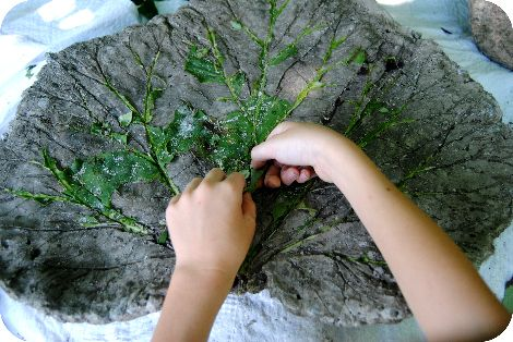 DIY concrete leaves with picture tutorial.