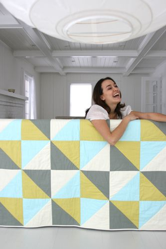 love how simple this looks: Quilts Patterns, Colors Combos, Quilting Patterns, Simple Quilts, Colors Schemes, Quilts Design, Butler Quilts, Butler Simple, Amy Butler