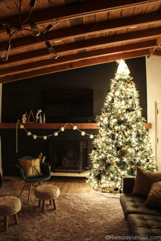 How to decorate an elegant Christmas tree @remodelaholic (14 of 15)
