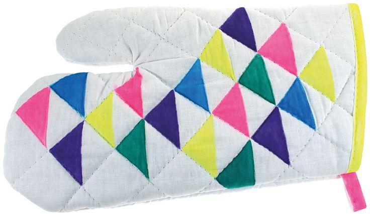 Tekstiilitussein koristeltu patakinnas on hyödyllinen lahja.