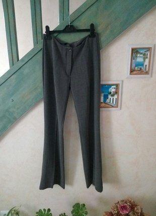 À vendre sur #vintedfrance ! http://www.vinted.fr/mode-femmes/pantalons-larges/25920230-pantalon-gris-pattes-def-taille-38m