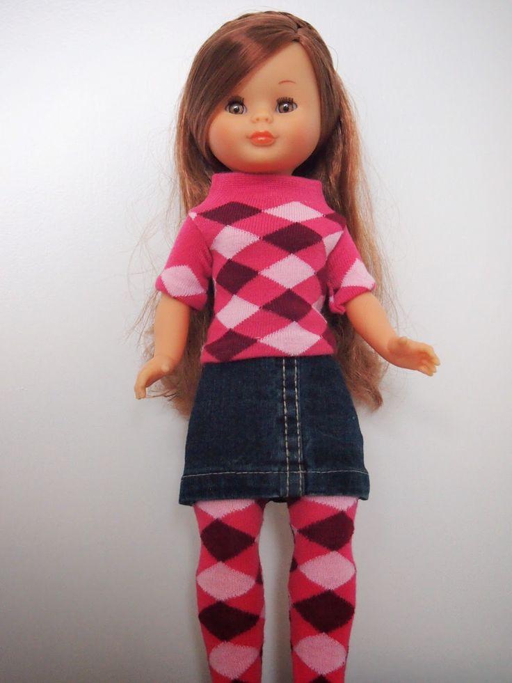 Nancy de famosa con jersey de calcetín