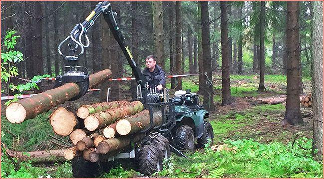 Feige Forsttechnik: Vahva Jussi Rückewagen Feige Forsttechnik mit Sitz in Nümbrecht Elsenroth bietet leistungsstarke Technik für ATVs und Quads im Forstbetrieb, dazu zählt der Vahva Jussi Rückewagen http://www.atv-quad-magazin.com/aktuell/feige-forsttechnik-vahva-jussi-rueckewagen #anhänger #transportsysteme #rückewagen #quads #forstwirtschaft #holzbearbeitung #atvundquadmagazin