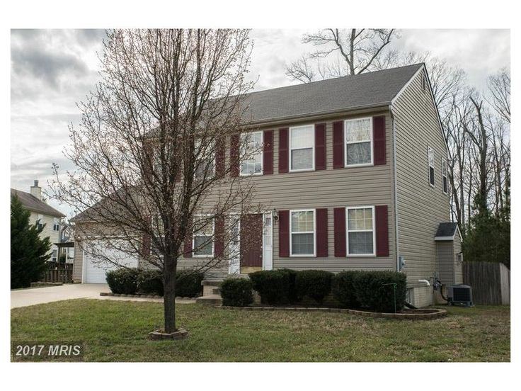 """$ 309,900 - 3 beds - 2 baths - 1 half bath-SM9878742 20929 Freedom Run Drive Lexington Park, MD 20653 This large, bright Colonial home shows well. Features three large bedrooms inc a great Master Bedroom with a """"super"""" bath, a large family room with gas log fireplace, formal dining room, kitchen with updated appliances, nice deck overlooking huge stockade fenced rear yard. Two car garage with remote openers. Basement ready to be finished.  Contact Dave Spigler today 410-808-5595"""