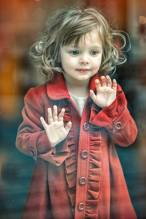 adorable and that red coat!