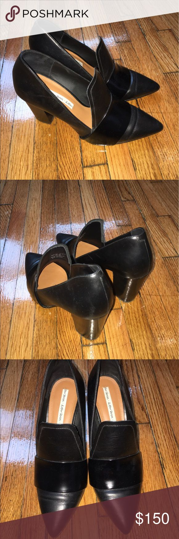 "& Other Stories Pointed Toe Pumps - Black EUR 36 Pointed toe pumps from & Other Stories in black. Size EUR 36 / US 6.5. 100% calf leather. Approximately 3"" stacked heel. Cushioned leather insole and leather and rubber outsole.  In excellent condition with minor scuffing on soles. Comes with original box. ❌❌NO TRADES. NO PP. PLEASE REFRAIN FROM ASKING❌❌ & Other Stories Shoes Heels"