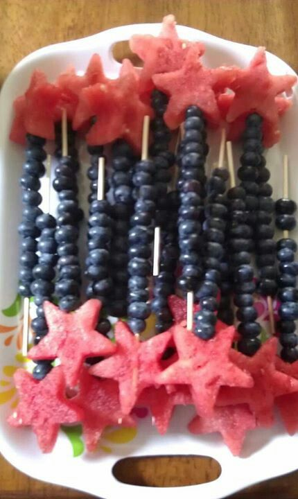 Healthy Fourth of July treat! This would be super cute with some small marshmallows, too!
