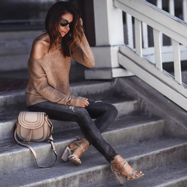 Golden Hour ✨ Outfit details on FashionedChic.com/DailyDetails http://liketk.it/2pfzS