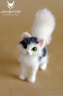 SaniAmaniCrafts: Cat miniature needle felted sculpture