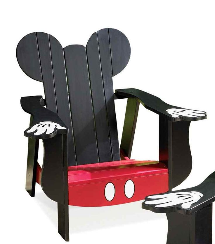 It's almost like being Mickey himself when your kids sit in this Adirondack chair. Designed with the famous ears on the back and white-gloved hands on the arms and red shorts for the seat. The outline is unmistakable. A must have for Mickey's younger fans.