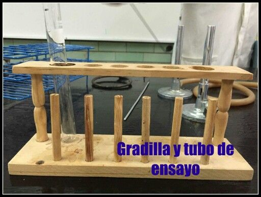 Gradilla y tubo de ensayo- Material para usos diversos