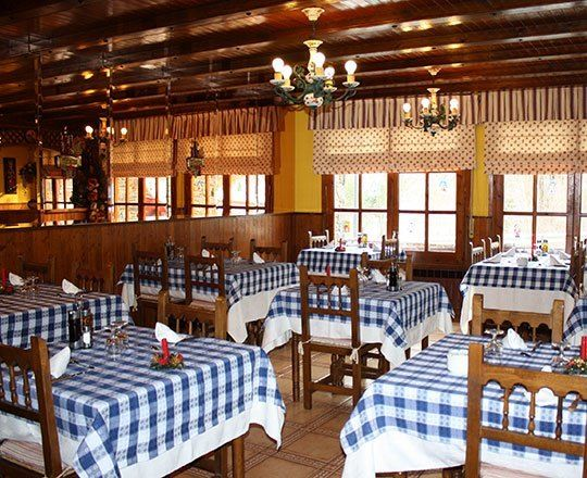 The Ca la Lydia restaurant is amidst natural surroundings on the road to Pal going to the Vallnord ski slopes and the Coll de la Botella mountain pass in the parish of La Massana. #visitandorra #andorraataula #gastronomy #chef #food #restaurant #menu #welovemountains