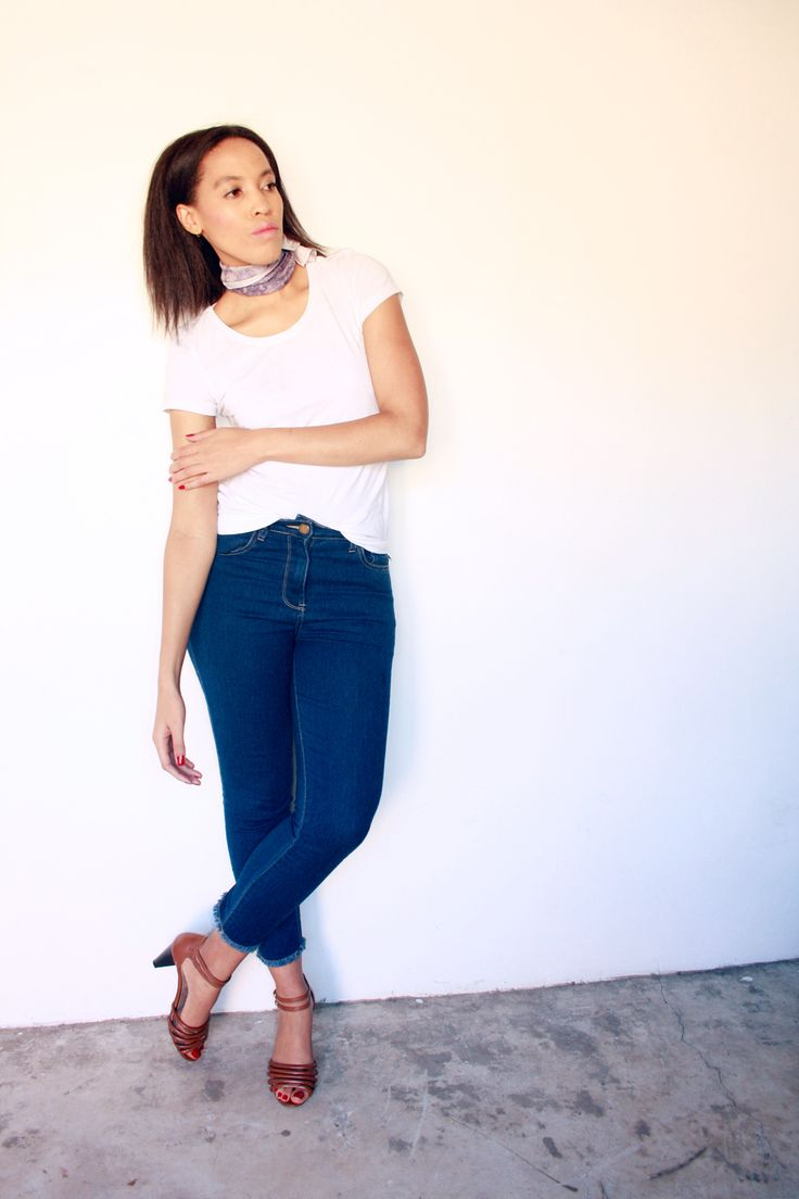 cropped jeans, white tee, tan sandals, summer outfit, silk scarf