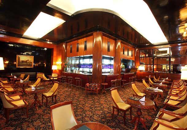 Plaza Bar es la perfecta ubicación para una cena sofisticada en Capital Federal.