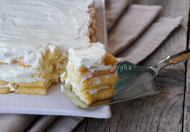 Tiramisu con pavesini al limone, ricotta e mascarpone, ricetta facile, crema senza uova, dolce veloce, tiramisu al limone, dolce delicato, bagna al limone