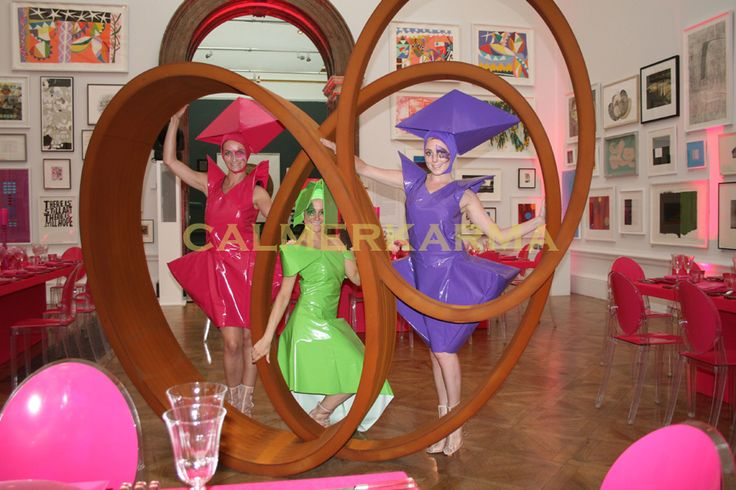 THE FASHIONISTAS ART THEMED CANAPE HOSTESS ACT