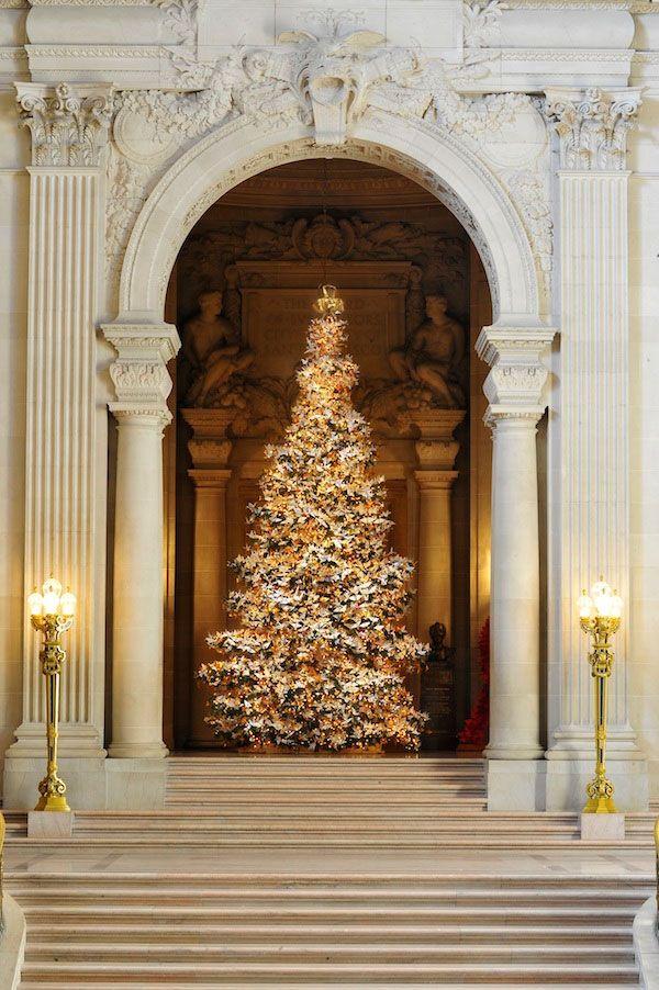 Dreamy Christmas wedding with a beautiful Christmas tree ...  San Francisco City Hall Trees