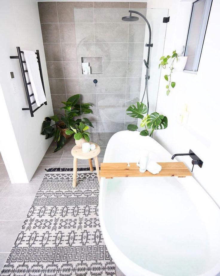 Tiles Ideas for Small Bathroom (79