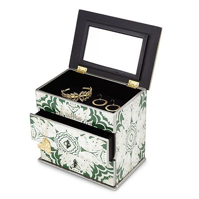 This mirrored jewelry box reflects a sumptuous pattern applied using an age-old technique.