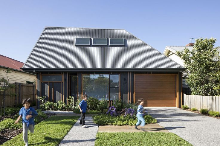 thesquirrelsarchive:  Low Cost Family Home in Melbournes Suburb with Polished Gray Exterior