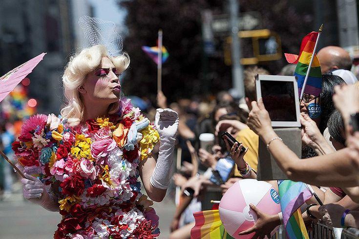 Гей-парад в США
