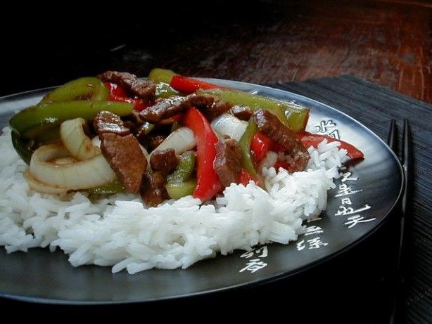 My version of Pepper Steak, compiled from several different recipes on the web and adjusted to taste and what I had in the fridge! This is a runnier version as opposed to a thicker sauce, its great for dunking! Nice winter comfort food on a cold day.