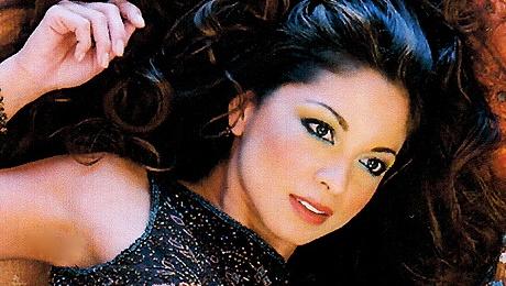 Vocalist Yvonne Sturton @ Angelica's Bell Theatre & Bistro (Redwood City, CA)