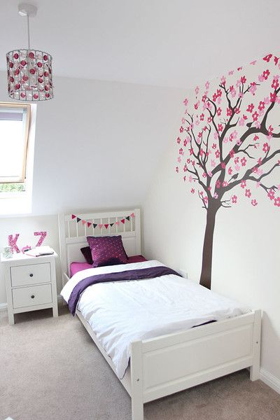 www.vinylimpression.co.uk Blossom tree with birds wall sticker for interior decoration.