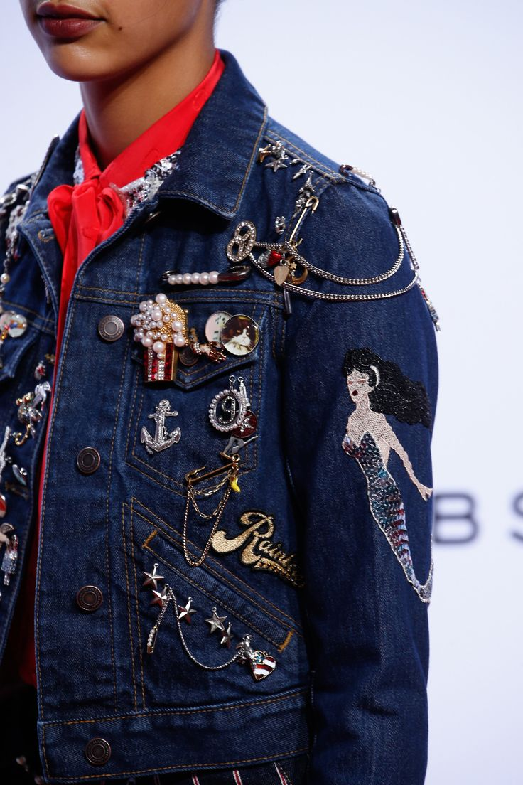 A detailed look at Marc Jacobs Spring 2016