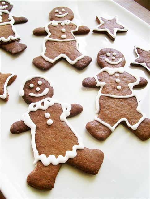 Gluten Free Gingerbread Men - Quirky Cooking