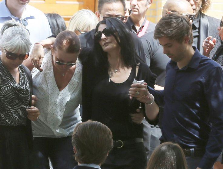 Sylvie Ortega Munos le femme de Ludovic Chancel lors des obsèques du fils de Sheila à Paris en l'église Notre Dame d'Eylau le 17 juillet 2017