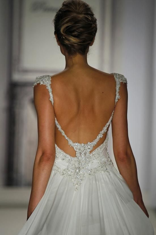 Kleinfeld Bridal | Behind the Seams | Bows, Bling and Pretty Things!...a closeup of the back of my gown