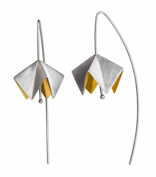 Anne Bader - Earrings: Calotta, 2011 | Sterling silver partially gold plated