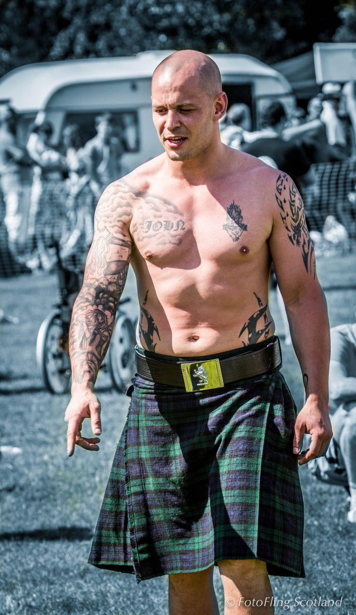 Bare-Chested Arm Wrestler by Richard Findlay@FotoFlingScotland Via Flickr: Bearsden and Milngavie Highland Games 2013